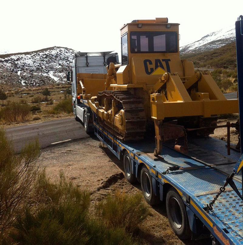 Transportes Diego Luengo - Góndolas y Maquinaria Pesada